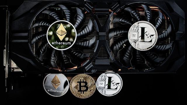 těžba internetových měn.jpg