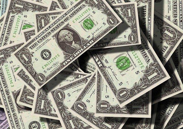 hromada dolarovek.jpg